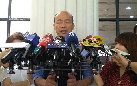 驳黄光芹不实指控 韩国瑜说自己睡前都是念佛经