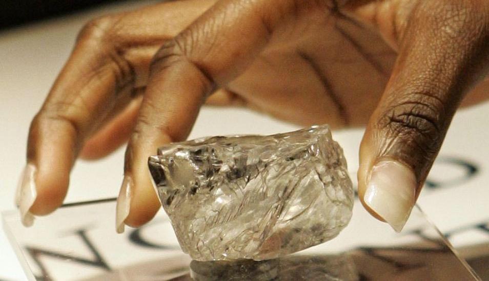 几内亚前总统候选人钻石在巴黎被偷 或价值4500万欧元