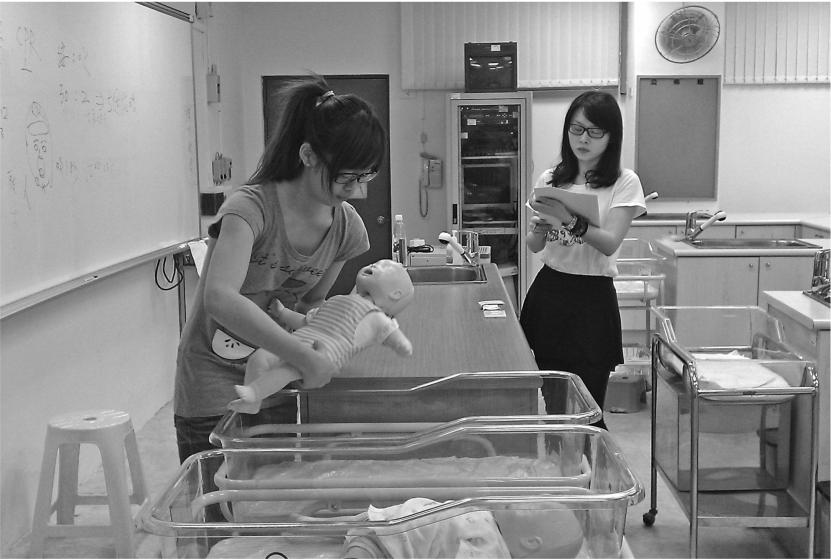 构建婴幼儿照护服务体系为幼育市场发展筑起安全屏障