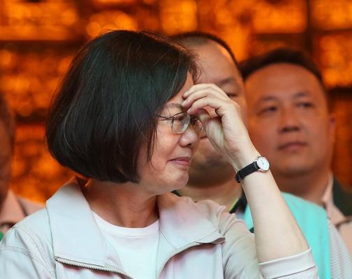 蔡英文称民进党民主机制完备 孙大千:不脸红心虚吗?