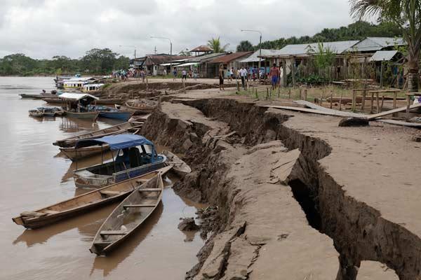 秘鲁北部8级强震 已造成1死11伤