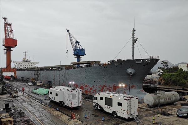 福建货轮二氧化碳泄漏 已致10人死亡
