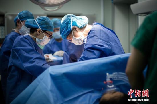 卫健委:加强剖宫产管理 让更多孕产妇自然分娩