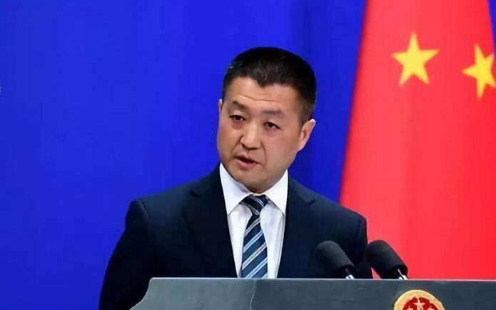 """外媒有意用错词暗示""""两个中国""""?陆慷霸气纠正"""