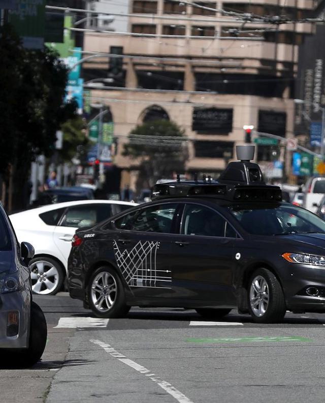 2030年自动驾驶出租车市场价值或达2万亿美元