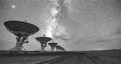 """小星系""""郊區""""也有大質量黑洞"""