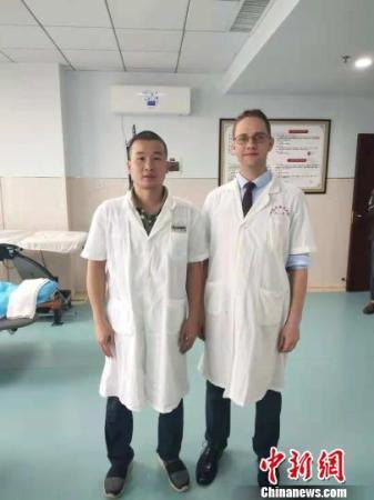 外国留学生的中国生活:能针灸把脉会斗地主爱吃湘菜
