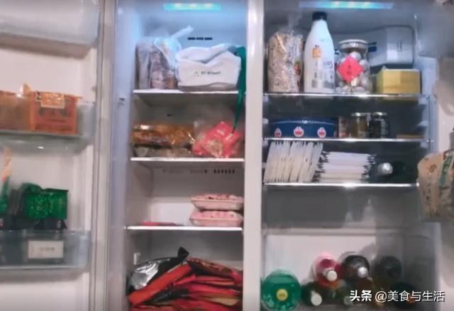 张歆艺一台冰箱值几十万,一打开全是高级食材,真是令人大开眼界