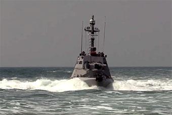 乌海军亚速海实弹射击演练 只派出两艘装甲快艇