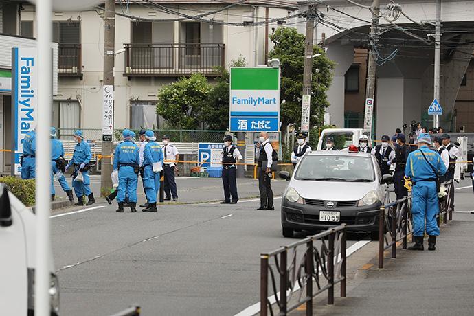 川崎持刀伤人案:十几秒内两条生命消逝,日本安全神话破灭?