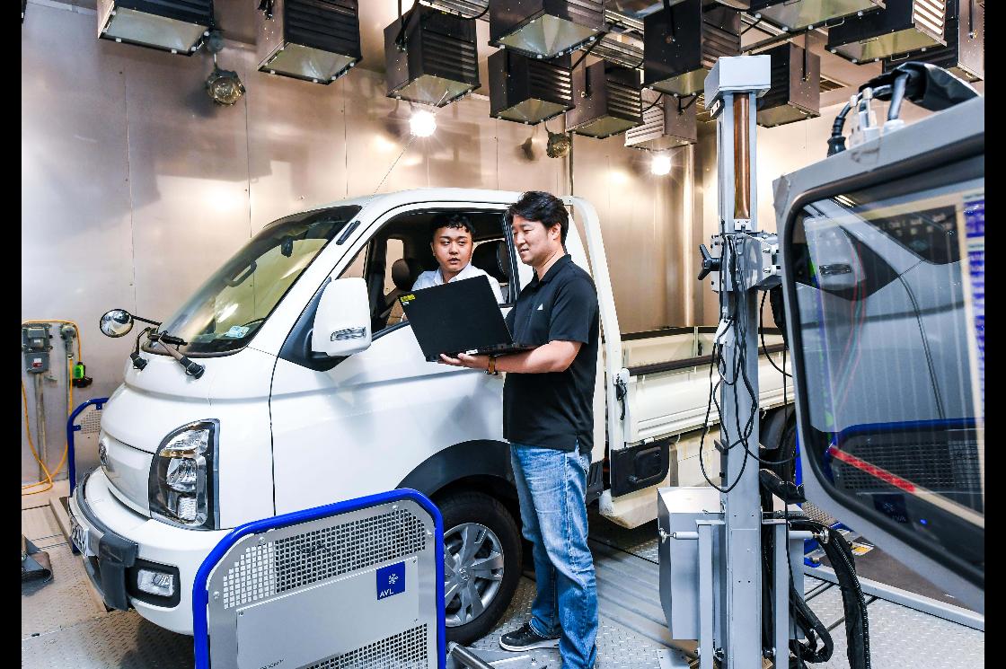 现代开发新技术 可估算行驶中电动汽车重量