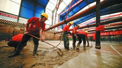 北京地铁12号线首个车站完成结构封顶 可三线换乘