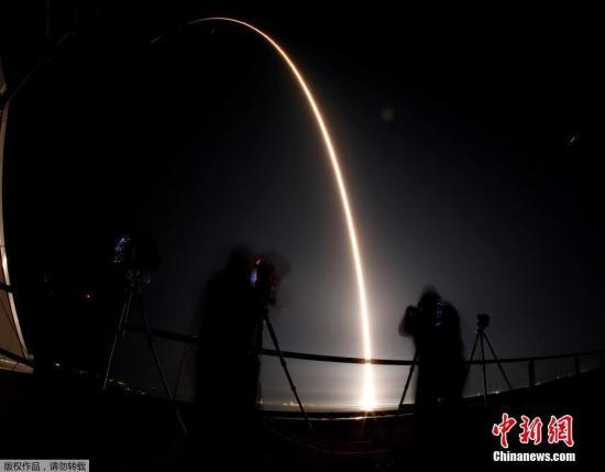 """卫星、星星分不清?美""""星?#30784;?#35745;划被指干扰天文观测"""
