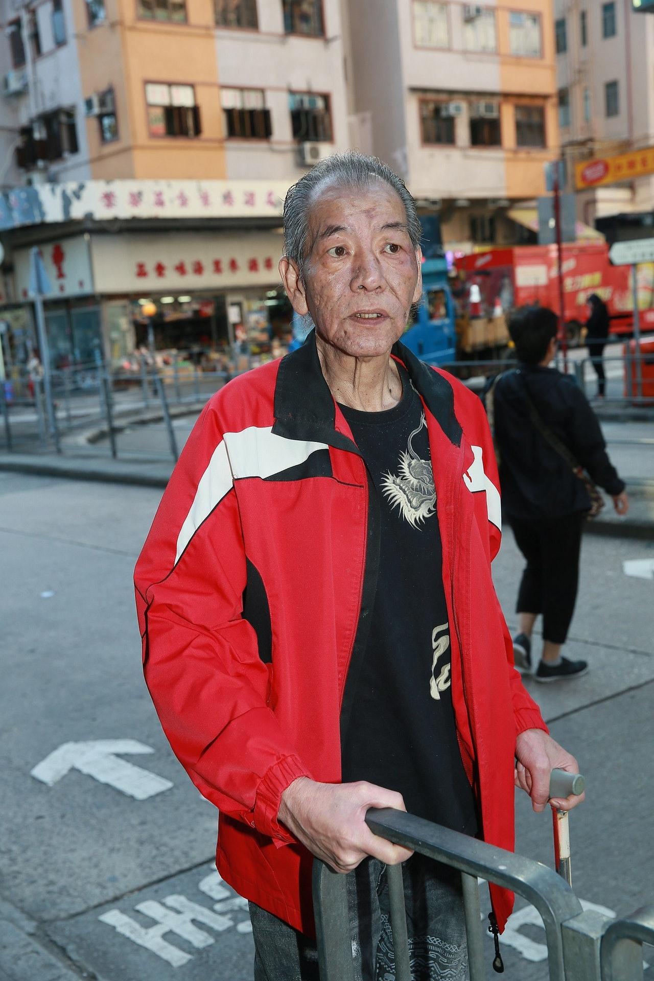 """港媒:香港电影人李兆基病逝,曾被称""""影坛四大恶人"""""""