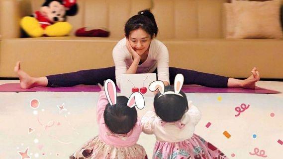 张杰为女儿狂健身,谢娜晒女儿照片,两女儿一个像爸一个像妈