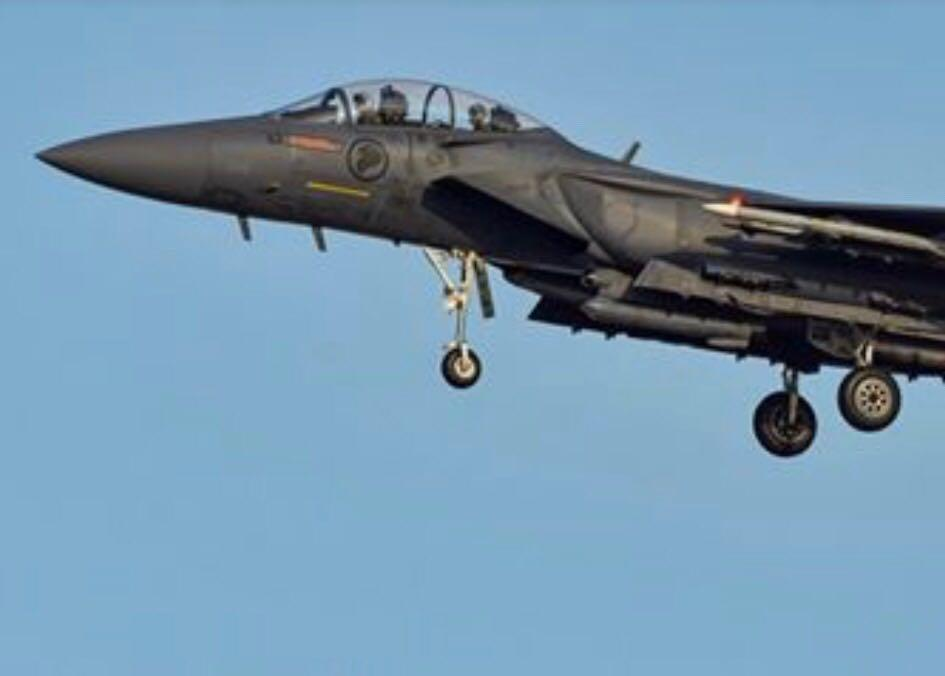 一架从菲律宾飞往新加坡的航班出现炸弹威逼 新加坡空军升空护航