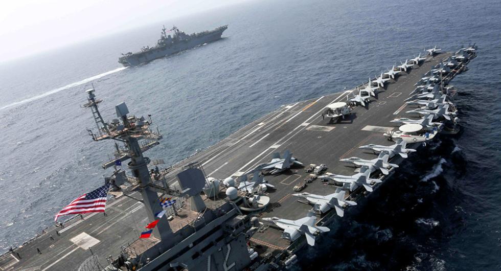 挑衅?美航母战斗群集结伊朗邻近 大年夜搞模仿进击