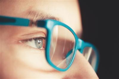 爱眼日将至 别被谣言蒙蔽双眼