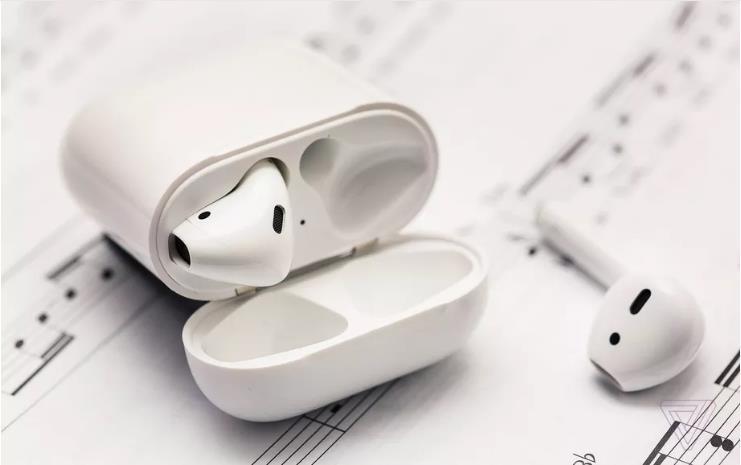 苹果将推AirPods音频分享功能:更高科技更卫生