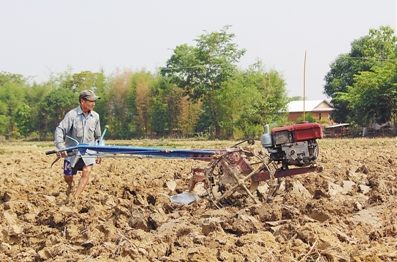老挝人:中国朋友帮助我们更多人摆脱?#29420;?/></a> <h3><a href=