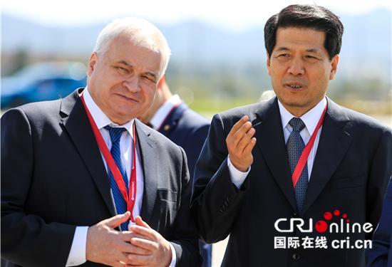 【中俄建交70周年系列报道·他们的故事】为友谊干杯——两位大使的友情岁月
