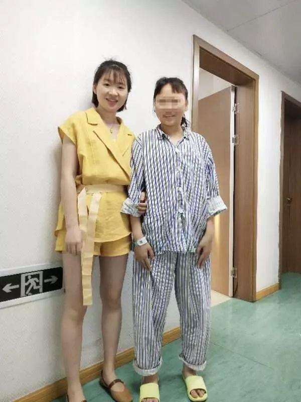 20岁浙江姑娘,长着一张10岁娃娃脸!童颜不老,却让她苦不堪言