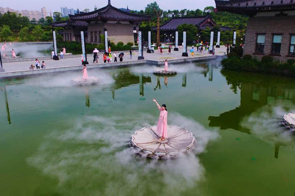 鸟瞰江西宜春禅都文化博览园 水上禅舞翩若惊鸿