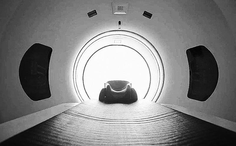 佩戴假牙是否影响CT和核磁共振检查