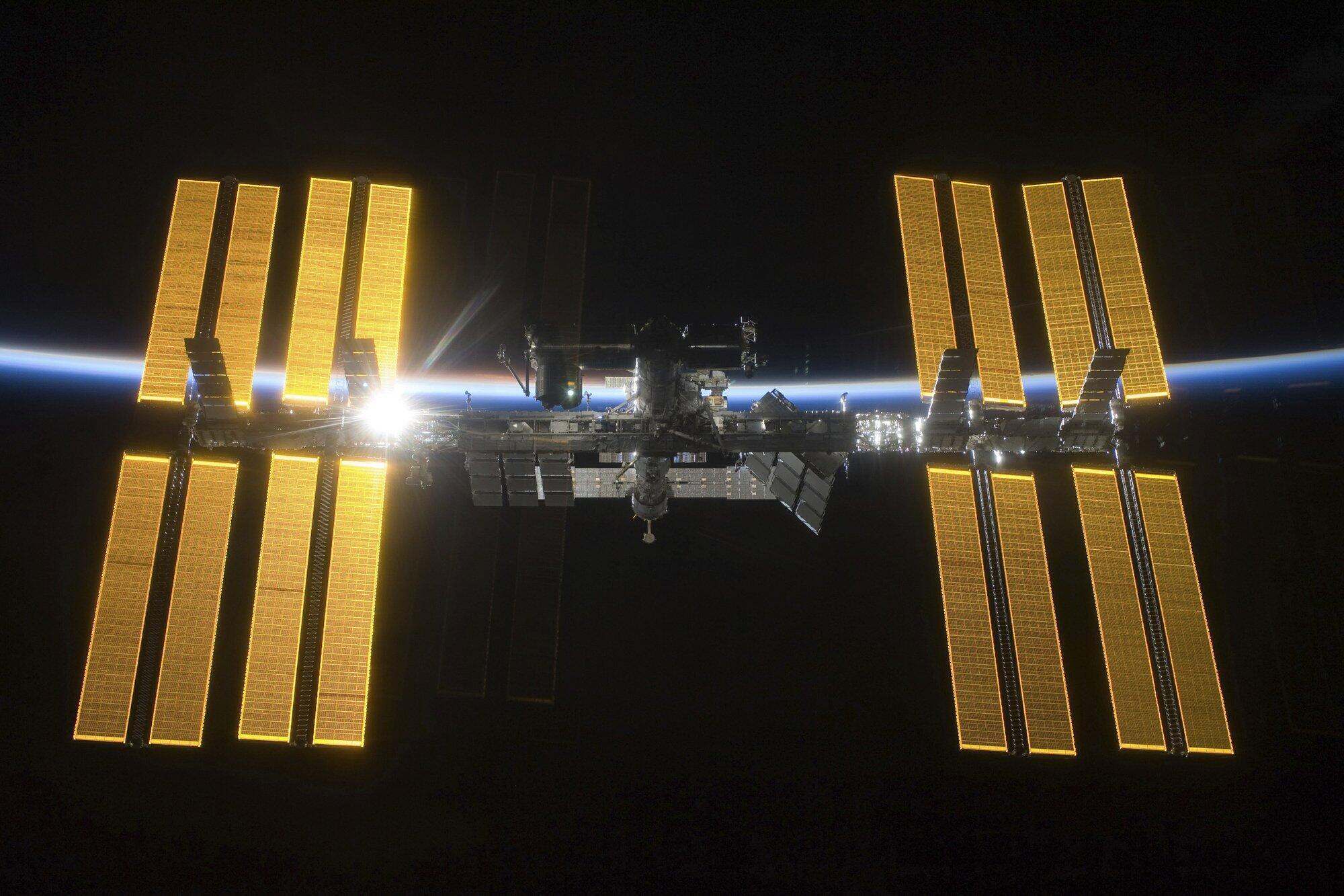 NASA宣布向公众开放国际空间站:每人费用约5800万美元_中欧新闻_欧洲中文网