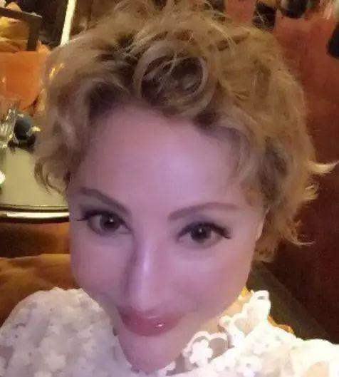 """整容整""""毁""""的八位女星,王贝死在手术台上,她扮鬼却不用化妆"""