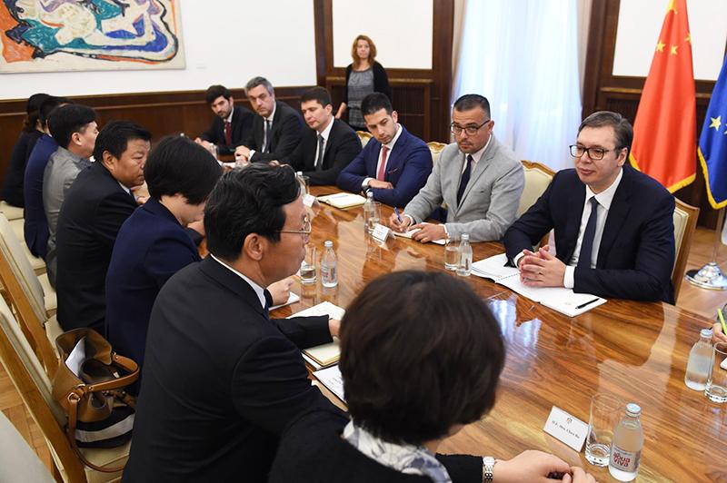 全国工商联副主席谢经荣率团访问比利时、克罗地亚、塞尔维亚