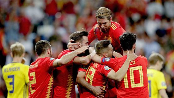欧预赛:西班牙3-0瑞典