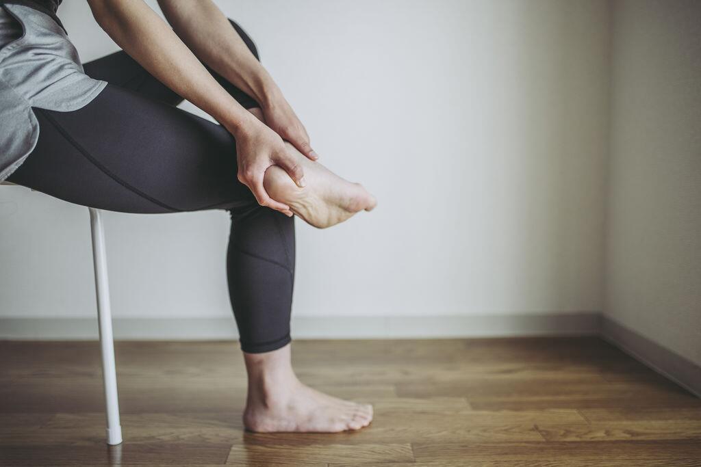 足底筋膜炎导致脚跟疼痛难忍?专家教你如何缓解