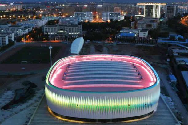 河北首个穹顶结构体育馆亮相张家口