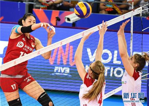 世界女排联赛广东江门揭幕 中国队3-0大胜波兰队