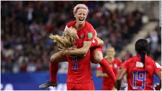 美国女足13:0血洗泰foganglao佛冈活力国女足,CNN的评论真膨胀了!
