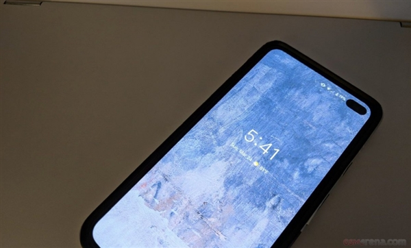 谷歌Pixel 4曝光:浴霸+双摄挖孔