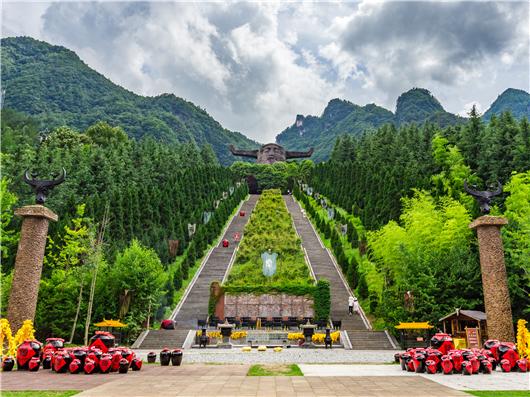 """""""神圣、神秘、神奇"""" 湖北神农架景区亮相北京"""
