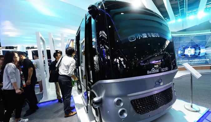 百度小度车载OS亮相上海 展现最新车用AI技术
