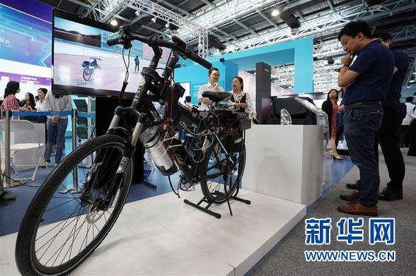 (科技)(4)北京:大众创业万众创新主题展开幕