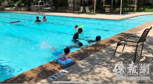 美媒:美5岁华裔?#22411;?#28216;泳池溺水身亡 暑期水域安全再敲警钟