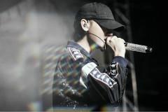 黄子韬上海演唱会彩排 蓝色狂欢开启
