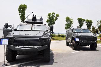 这个车展很硬核:最强国产装甲越野车齐亮相