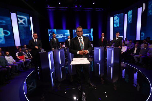 英国首相继任者人选进行电视辩论