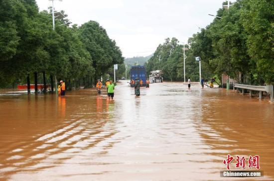 长江水利委员会滚动会商 部署中下游强降雨集中期洪水防御