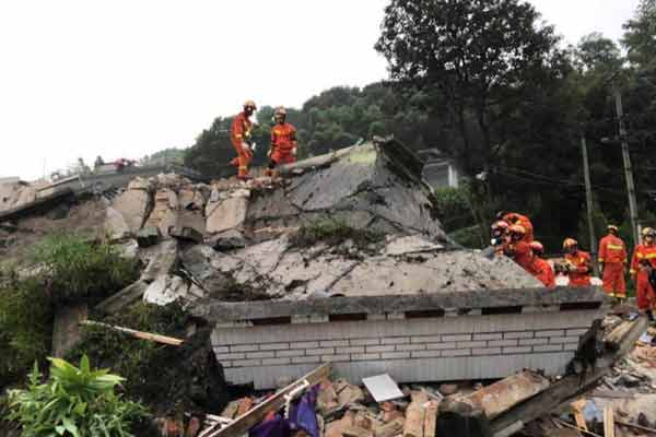 直击四川宜宾长宁地震 多方救援力量集结