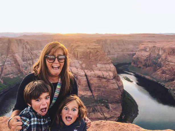澳夫妇卖掉家产开车带孩子环游世界体验旅行生活