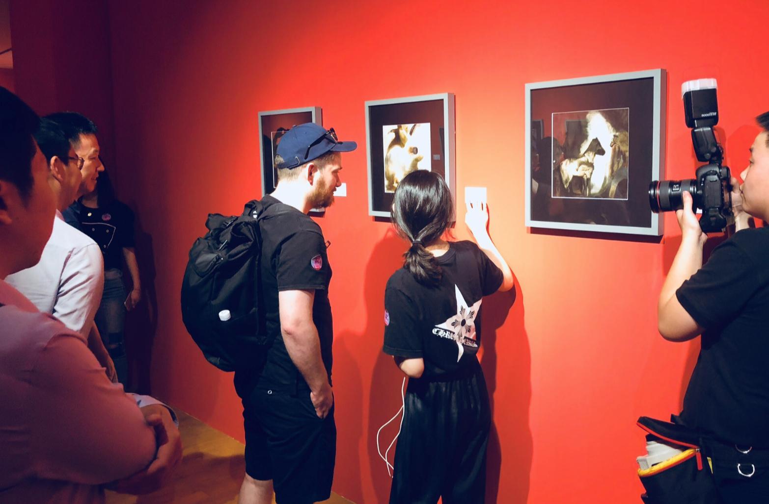 微软小冰七月举办个人画展 师从236位著名画家