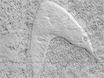 """誰把""""星際迷航""""標記放上火星的?"""