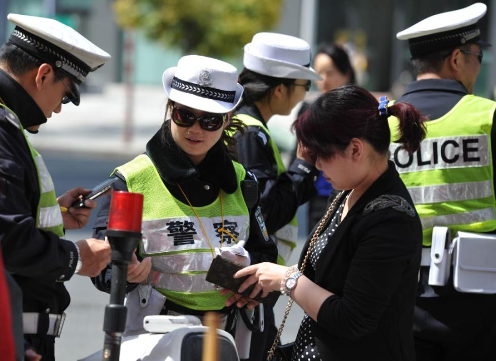 """洛阳将推""""优驾容错"""",部分交通违法行为不罚款计分!你怎么看?"""